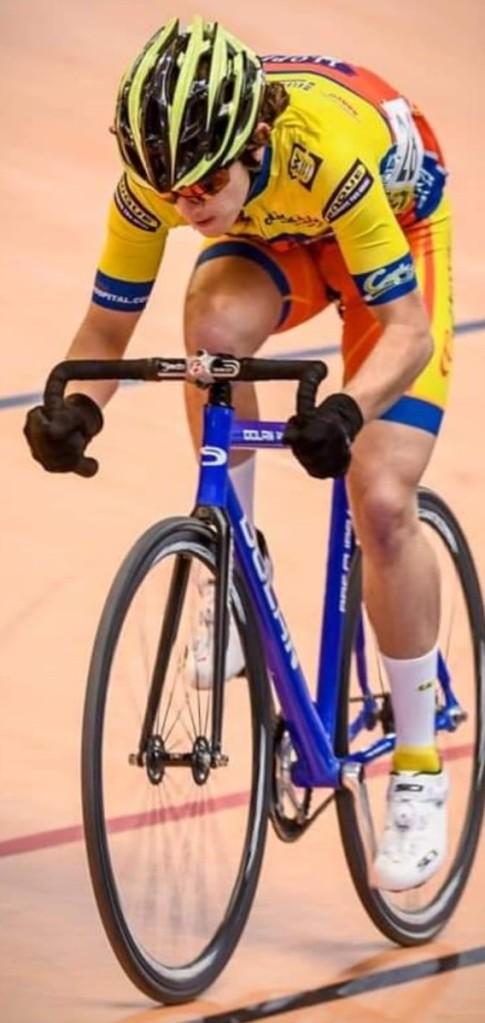 El Club Ciclista San Vicente Es Para Mí Como Una Segunda Familia Y Gracias A Antonio López Estoy En Este Deporte Alicante Con El Plato Grande